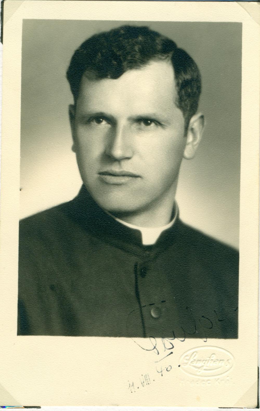 отец Йозеф Тоуфар (1902-1950)