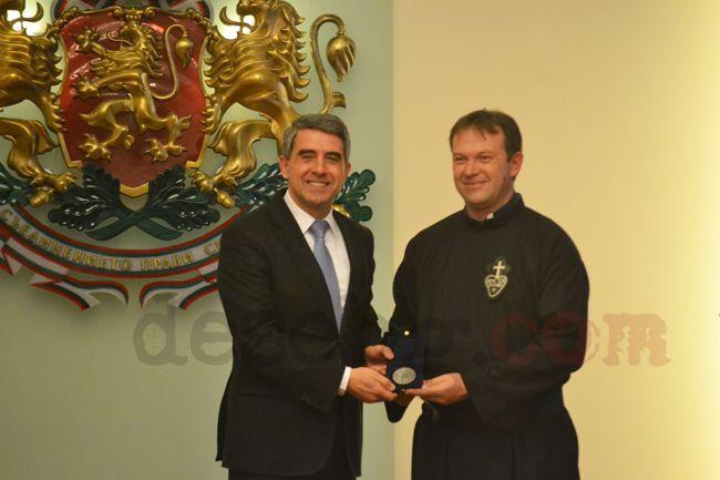 P. Paolo Cortesi riceve l'Onoreficenza del Presidente della Repubblica